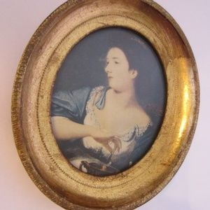 Other - Victorian style paper portrait gilt wood frame